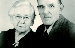 William B. G. Hargleroad, age 80 and Magdalena Blank Hargleroad, age 77, in 1943